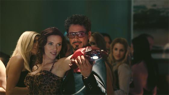 Tony Stark fait une démonstration privée